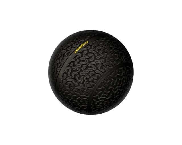 Eagle 360 : le pneu de demain sera une boule