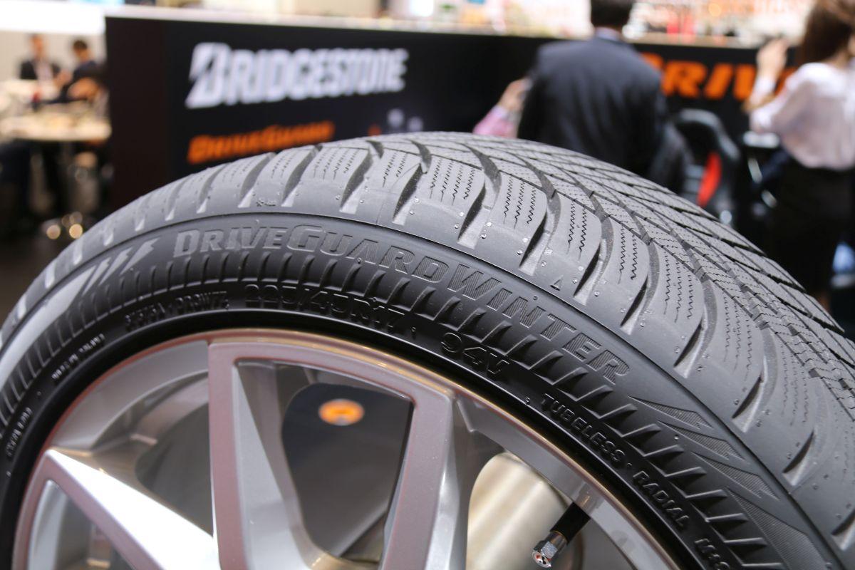 Bridgestone lance son pneu increvable Driveguard winter