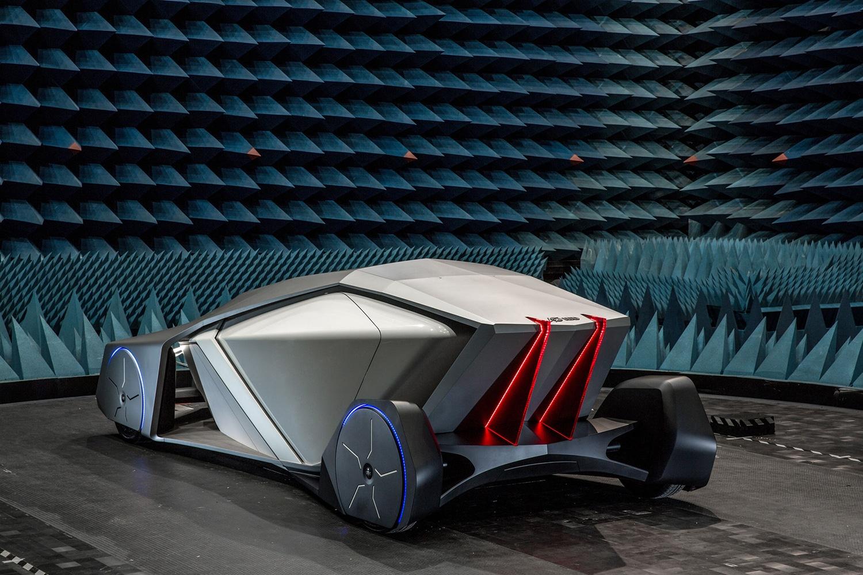 Shiwa : une voiture autonome sans volant ni fenêtre
