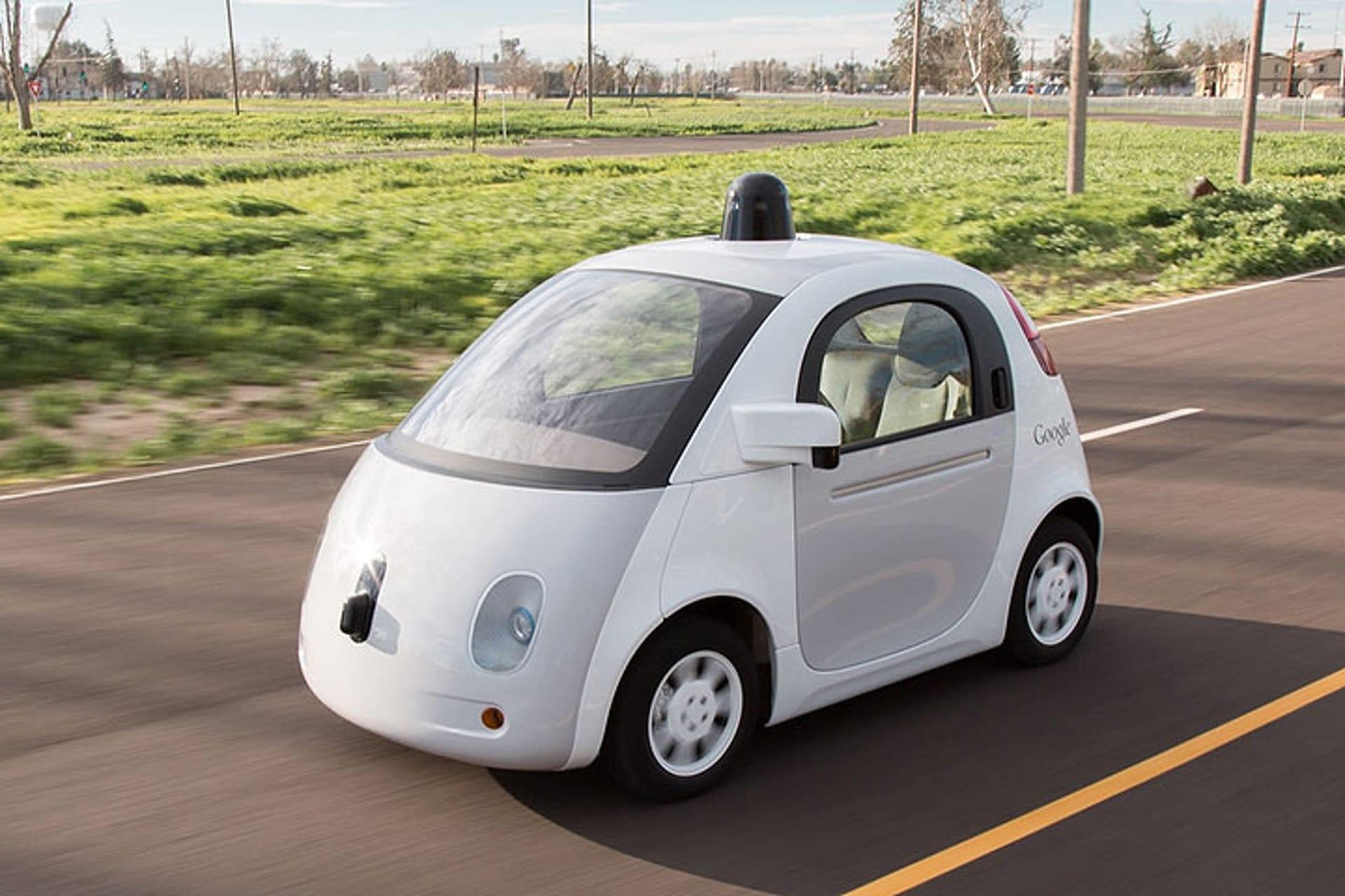 Google Car : du scotch pour protéger les piétons