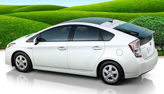 Le bonus écolo maintenu pour les autos électriques, pas pour les hybrides