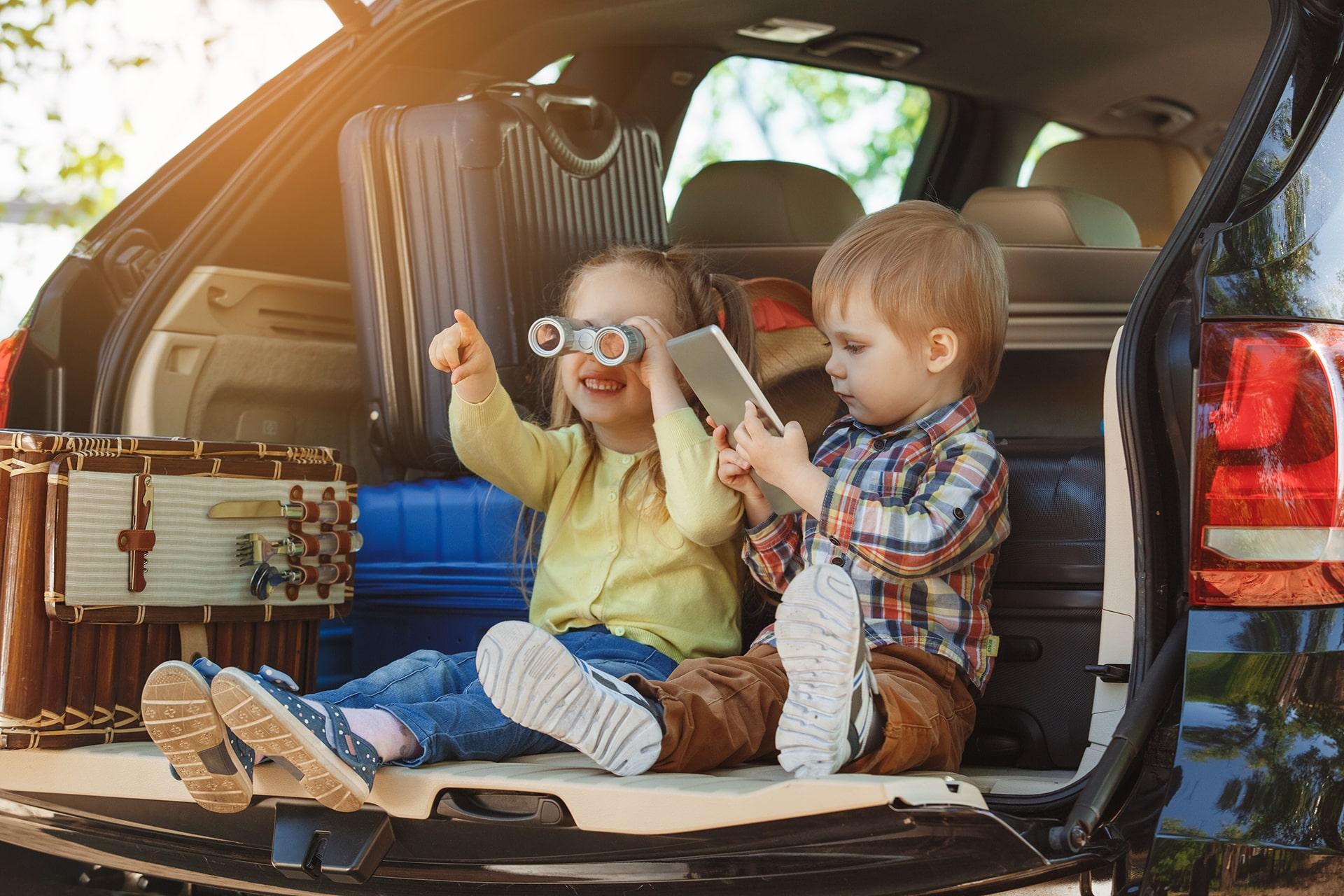 Comment occuper les enfants sur les longs trajets des vacances cet été ?