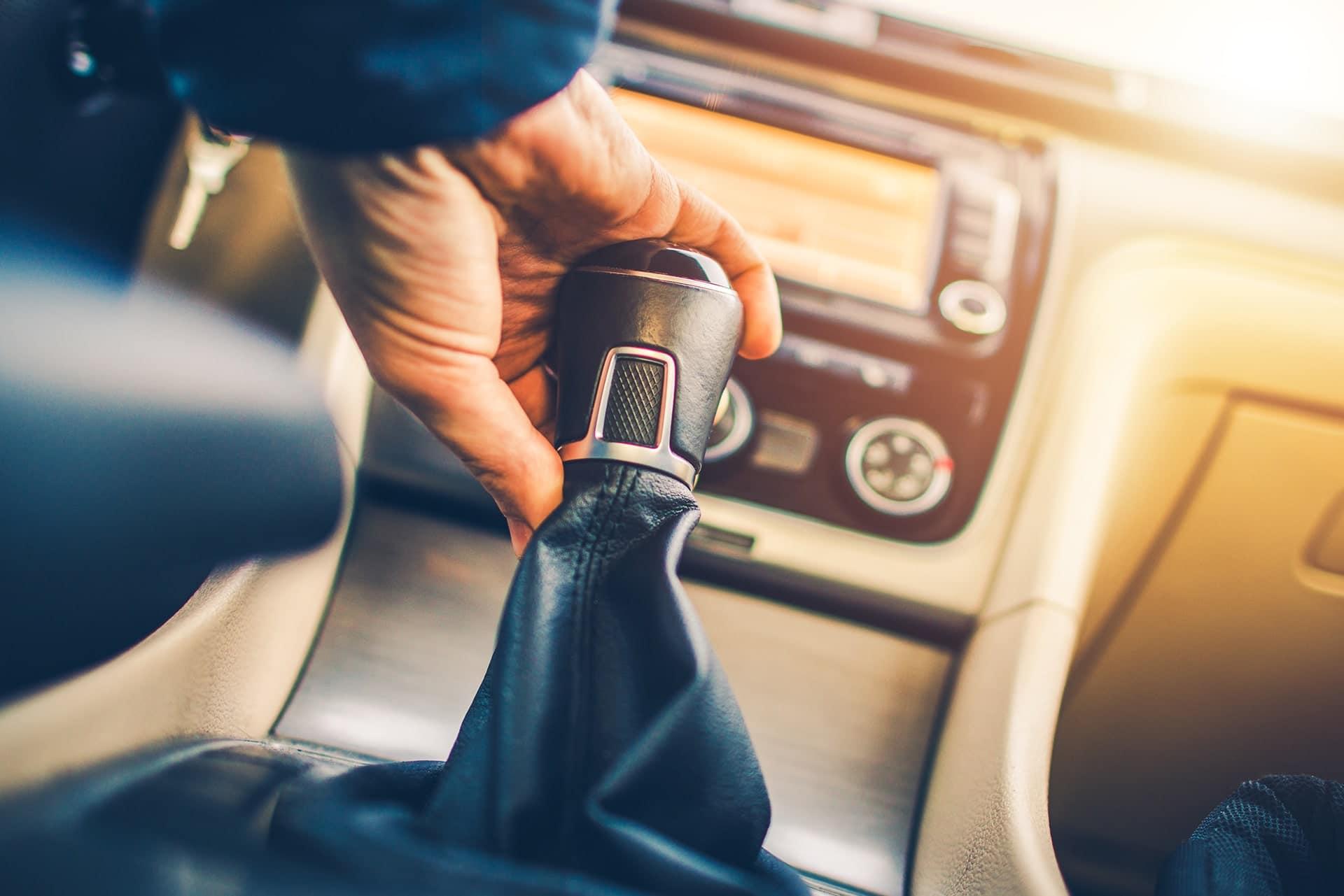 Boîte de vitesses automatique ou manuelle : que choisir pour sa voiture ?