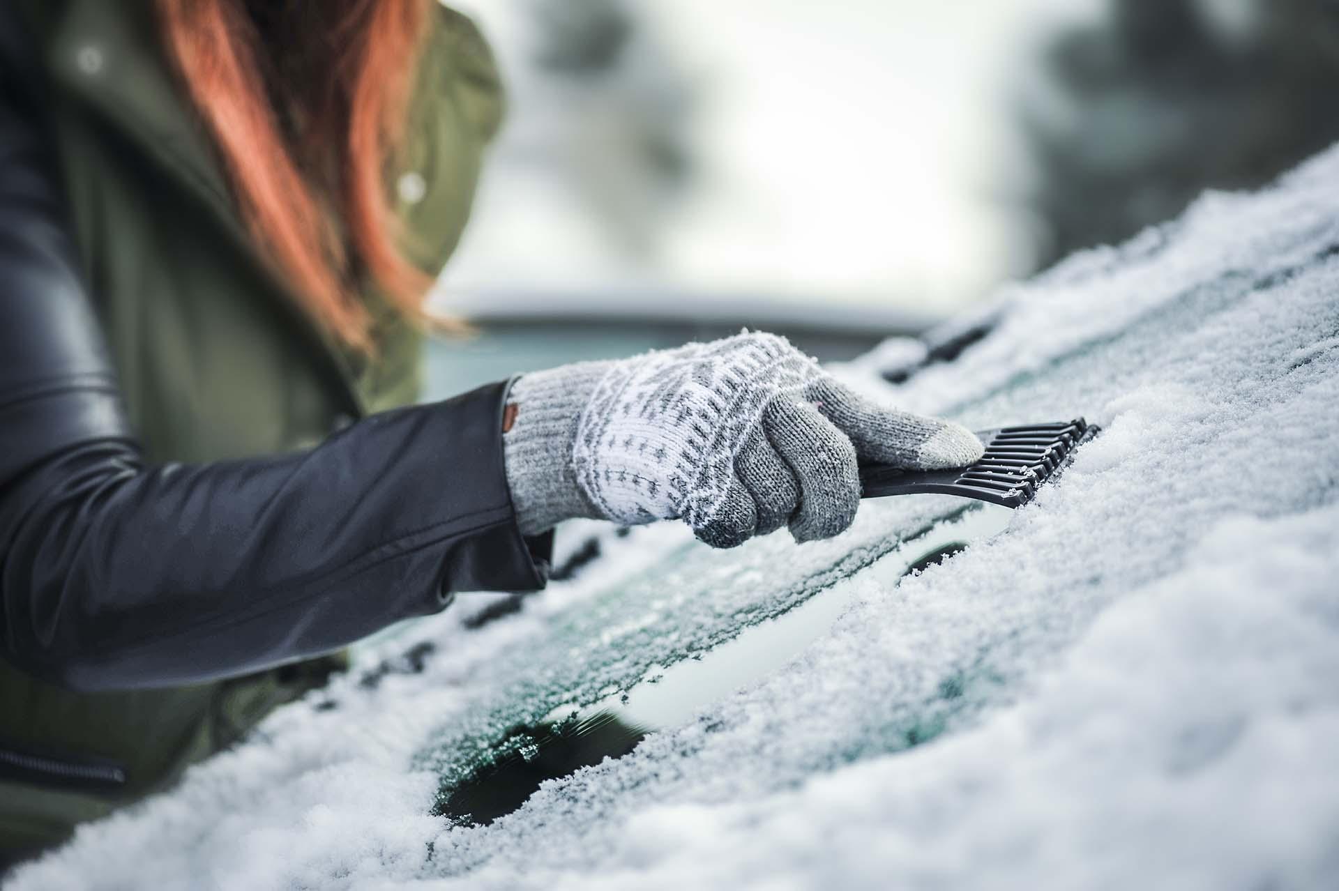 Stationner à l'extérieur en hiver : précautions à prendre
