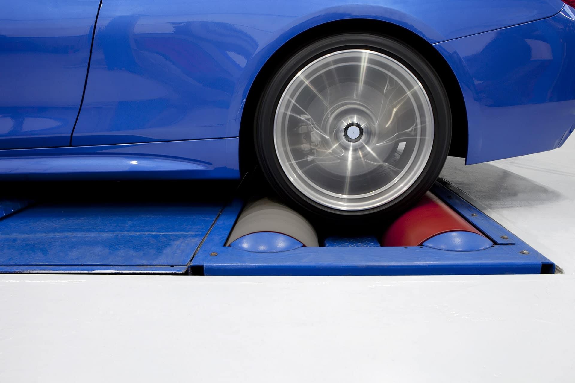 La reprogrammation moteur est-elle autorisée ? Que dit la loi et les constructeurs automobiles ?