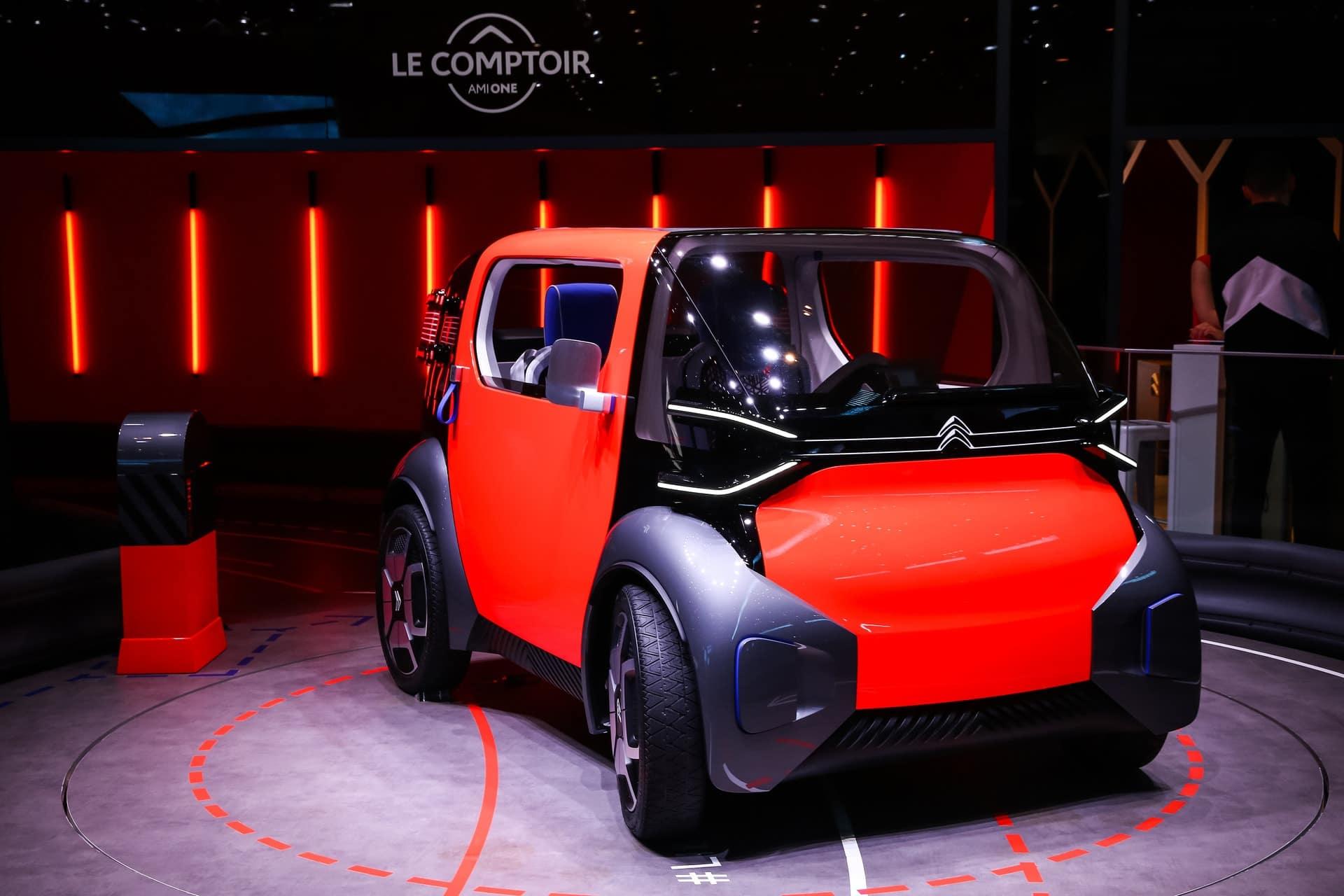 Actualité undefined - Photo d'illustration Comparatif Citroën AMI vs Renault Twizy 45